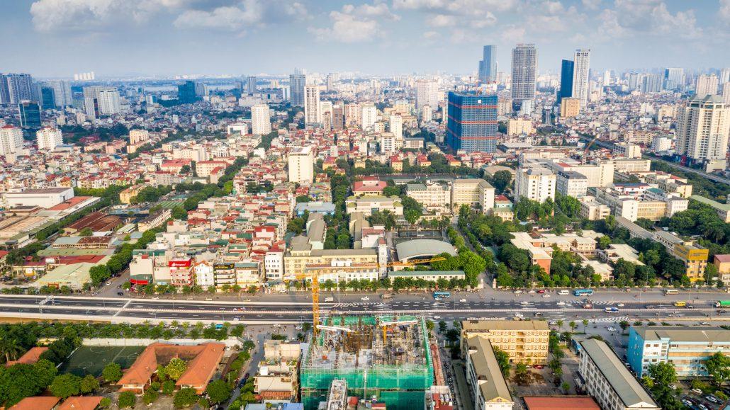 View trực diện đường Phạm Văn Đồng từ trên cao